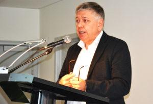 Minister Vandeurzen belichtte het belang van de samenwerking tussen zorg en welzijn.